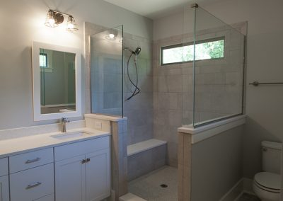 707-S-State-Master-Bathroom2